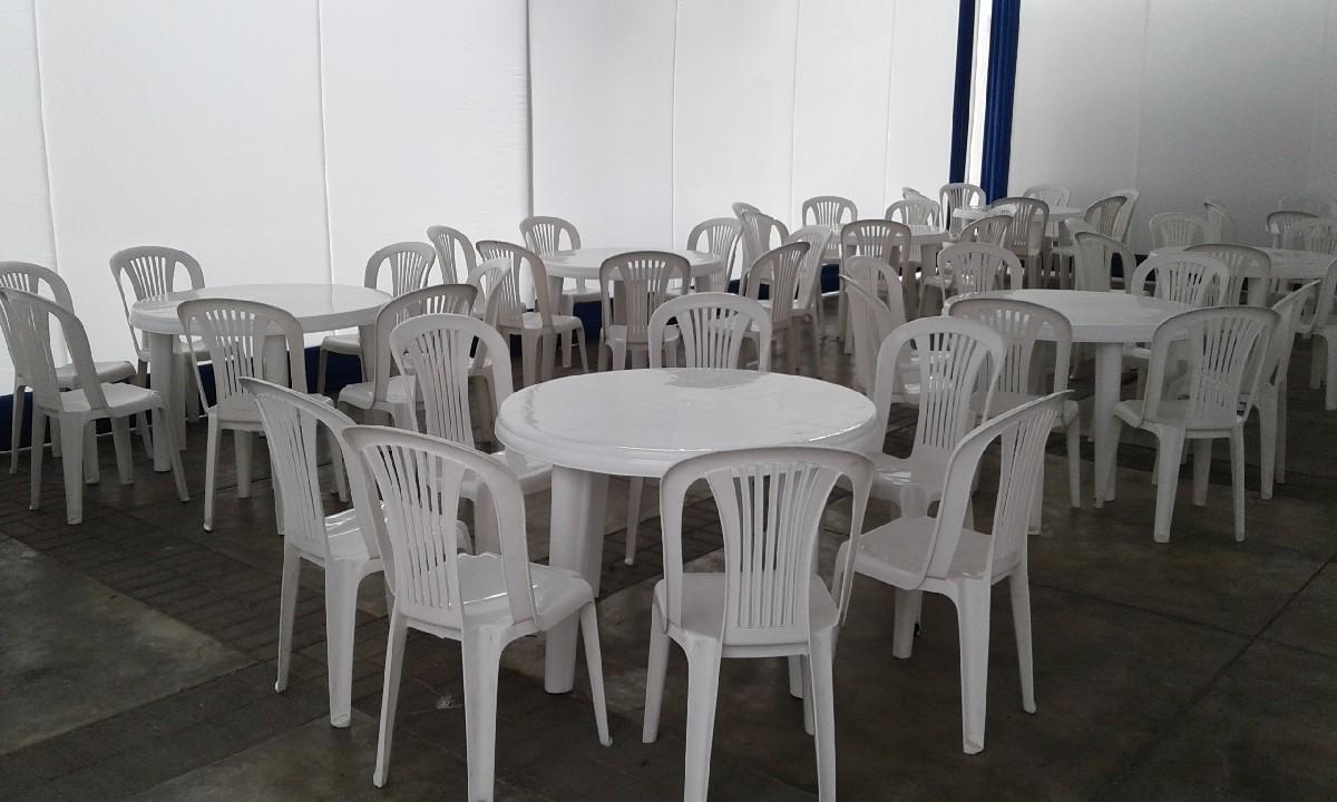 mesa de plastico 1